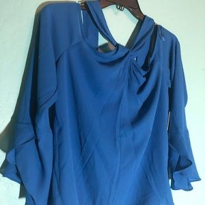 Blue Halston cold shoulder blouse w ruffle sleeves